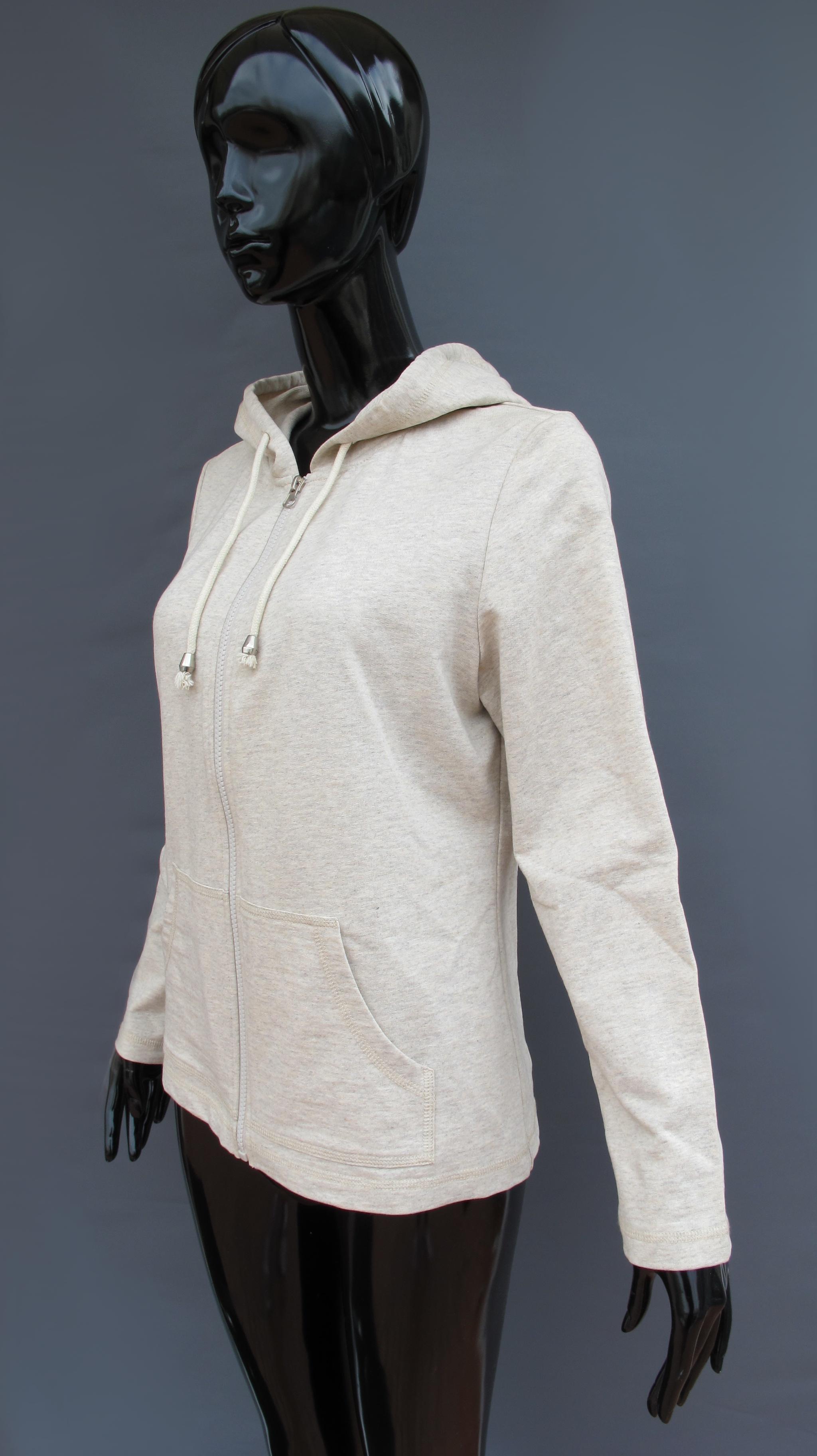 AK EUROPE casualwear